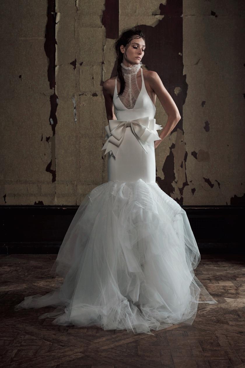 海外セレブ達も夢中!憧れの「インポートブランド」で見つけたおしゃれウエディングドレスまとめ*にて紹介している画像