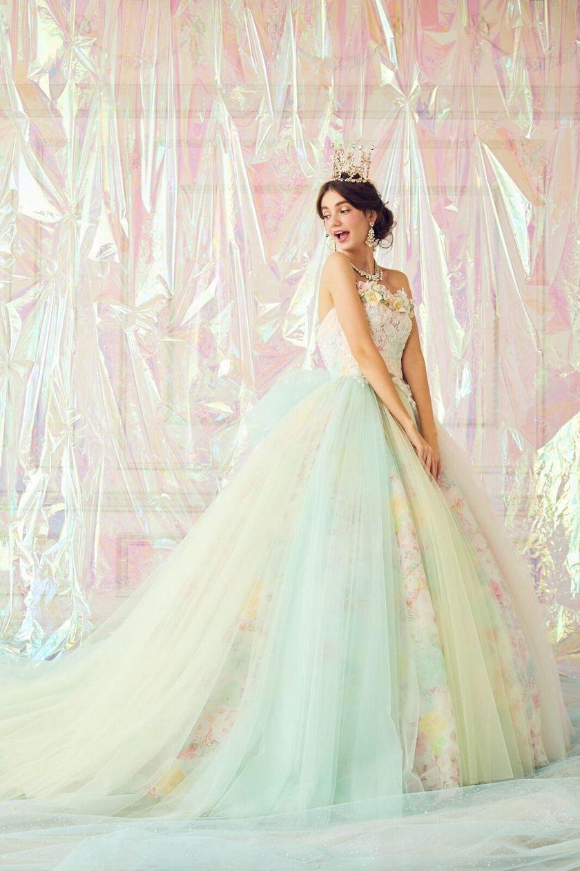 この世は可愛いもので溢れてる♡marryドレス3rdコレクションの全ドレスを大公開!にて紹介している画像