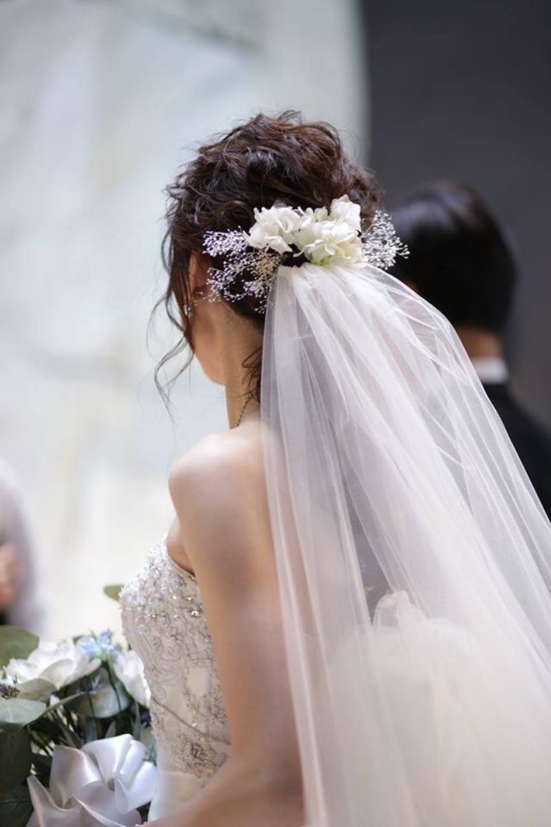 挙式~披露宴~二次会まで!結婚式当日の花嫁ヘアチェンジの写真を、時系列にそってご紹介♡にて紹介している画像
