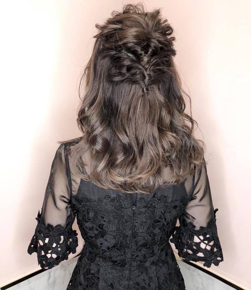 一番清楚♡ハーフアップの結婚式お呼ばれヘアアレンジカタログ