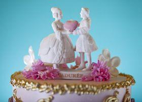 「ラデュレ」の世界観で統一した結婚式が素敵すぎる!招待状、ウェルカムギフト、ウェデングケーキ、マカロンタワー、キャンディーバー、サンクスギフトをラデュレ風にアレンジしてウェデングコーディネートしましょう*