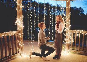 Instagram(インスタグラム)のハッシュタグ「#propose」で見つけた世界中のカップルのリアルプロポーズがとってもロマンティック!キャンドルをたいたり、花びらを散らしたり、抱えきれないほどの花束を用意したり...みんなのサプライズをのぞき見!