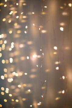 キラキラ幻想的な光にきゅん♡〔フェアリーライト〕の素敵な使い方アイディアまとめ*のトップ画像