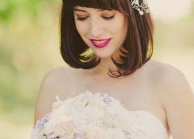 愛されボブスタイル大全♡肩より短いボブスタイルの花嫁ヘアも、ヘアアクセをつけてどこまでもガーリーに決めちゃいましょう♩ボブヘアーの花嫁さんに似合う、おすすめのヘアアクセサリーを5つの種類別まとめ*