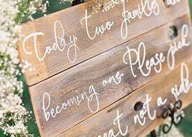 『木』素材のウェルカムボードって、ヴィンテージライクでおしゃれ感たっぷり♡木を使った素敵なウェルカムボードのデザインアイデアをまとめました*