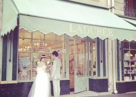 シャンゼリゼ通りのラデュレ本店に、オルセー美術館*憧れの愛の都『パリ』でウェディングフォトを撮りに行くべき場所6選♡