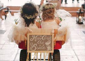 緊張感もほぐれて、ゲストも思わず笑顔でにっこり♡リングガールやベールガールなど、ちいさなお子様にお手伝いしてもらいたい結婚式の演出6選*