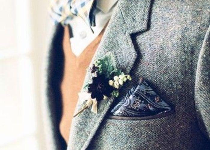 胸元をパッと華やかに*新郎のポケットチーフのお洒落な折り方と選び方♡
