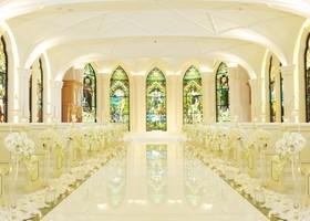 ピュアで清純な気持ちになれる♡純白ドレスの花嫁にぴったりな『ホワイトチャペル』が素敵な人気の教会まとめ*