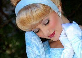 ゲストのみんなからの「可愛い!」をいただきっ♡シンデレラや白雪姫の、プリンセスフェイスをお化粧で真似しちゃいましょう♩