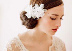 ロングじゃなくっても、可愛いヘアアレンジは無限大♡ミディアムヘアの花嫁さんに、おすすめの髪型特集*