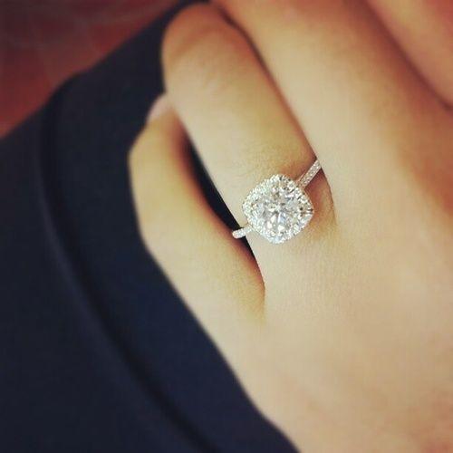 ずーっと付ける指輪だから、宝石のグレードも気にしたい!ダイヤモンドのランクを決める『4C』って知ってる?にて紹介している画像