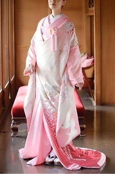 何色の着物にしようかな♡和装ウェディングで着たい〔色別〕色打掛カタログ*にて紹介している画像